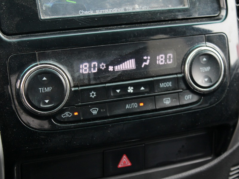 MITSUBISHI L200 DAKAR AT DIESEL 2018  - GRACIA AUTOS