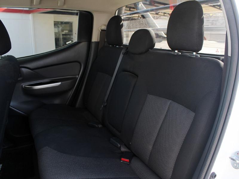 MITSUBISHI L200 DAKAR AT 4X4 2.4 TD 2018  - GRACIA AUTOS