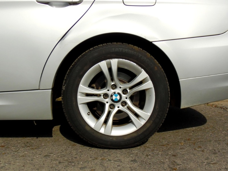BMW 318I 2.0 Aut 2011 Poco kilometraje - FULL MOTOR
