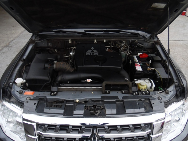 MITSUBISHI MONTERO Diésel 4x4 Limited 3.2 Aut 2017 Diésel - 2 puertas - FULL MOTOR