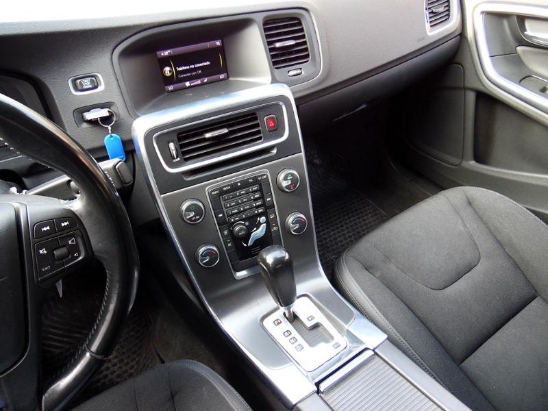 VOLVO S60 Comfort 2.0 T Aut 2011 Oportunidad - FULL MOTOR