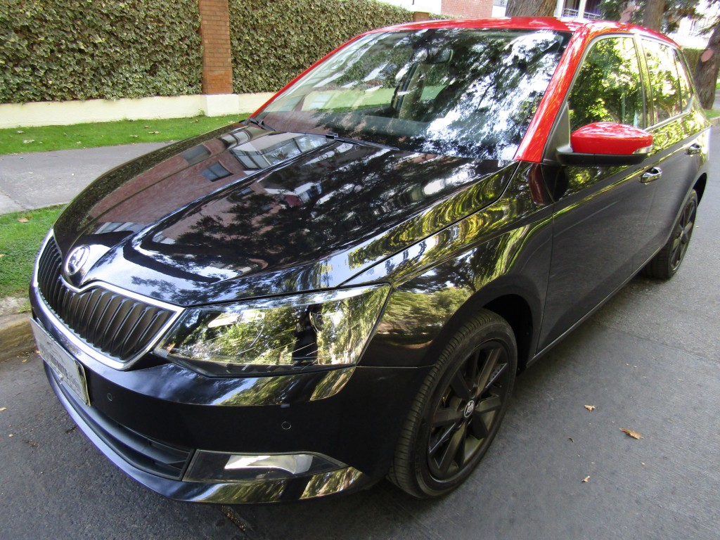 SKODA FABIA Style 1.2 Turbo  2016 Autom. Paddle Shift.  Llave Kyless Go. 1 dueño 23  - FULL MOTOR