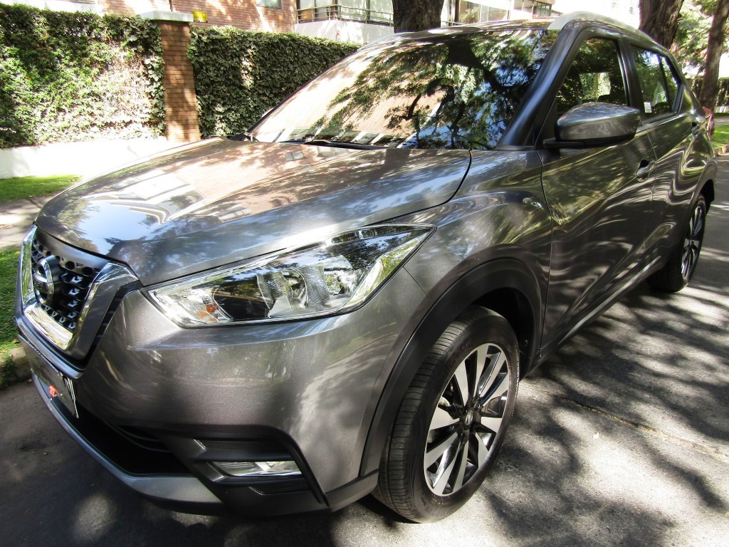 NISSAN KICKS Advance 1.6 2017 aire 6 airbags abs, kyless go. como nueva.  - FULL MOTOR