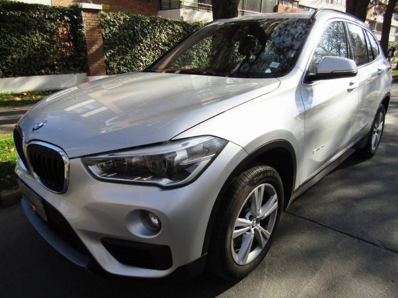 BMW X1 SDrive Executive 2.0 Autom. 2016 Cuero, climatizador, 10 airbags, sunroof panoramic - FULL MOTOR