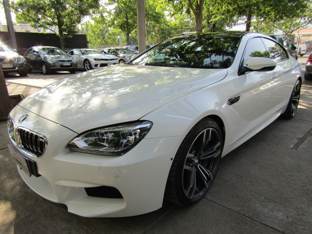 BMW M6  4.4 M6 Gran Coupe 560 hp 2015 4 ptas. sedan. 24 mil km. mantencion 22 mil en W.B -