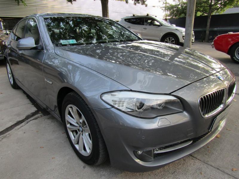 BMW 528 F10 3.0 Cuero, paddle shift 2012 sunroof, 8 airbags, abs, pantalla, cámara  -