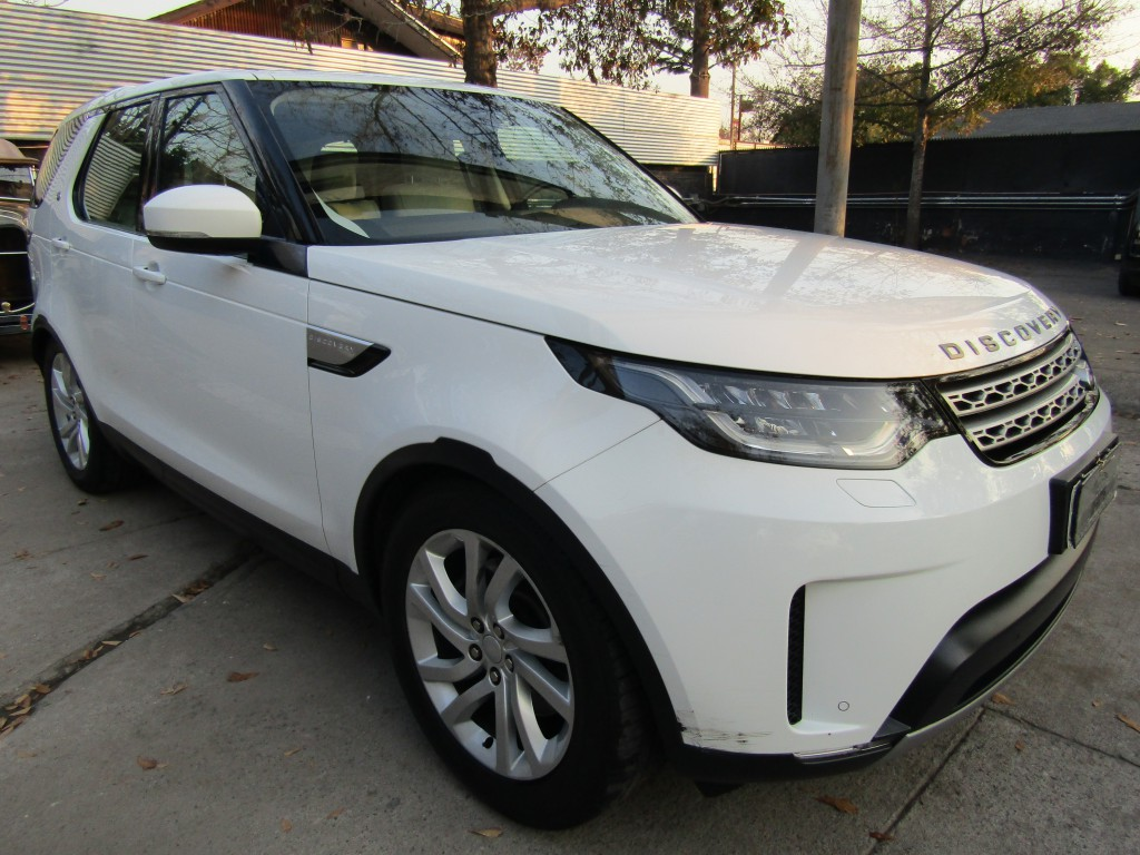 LAND ROVER DISCOVERY New Discovery 3.0 V6 D HSE 2018 Diesel, cuero, panorámico. Mantencion 35 mil km.  -