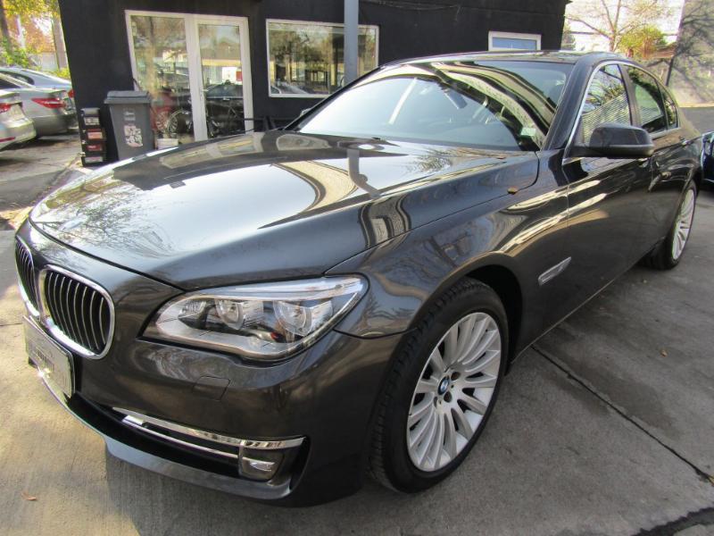 BMW 740 740I 3.0 Aut. Max. Equipo.  2014 Como nuevo. 57 mil km. mantenciones W.B.M. - JULIO INFANTE