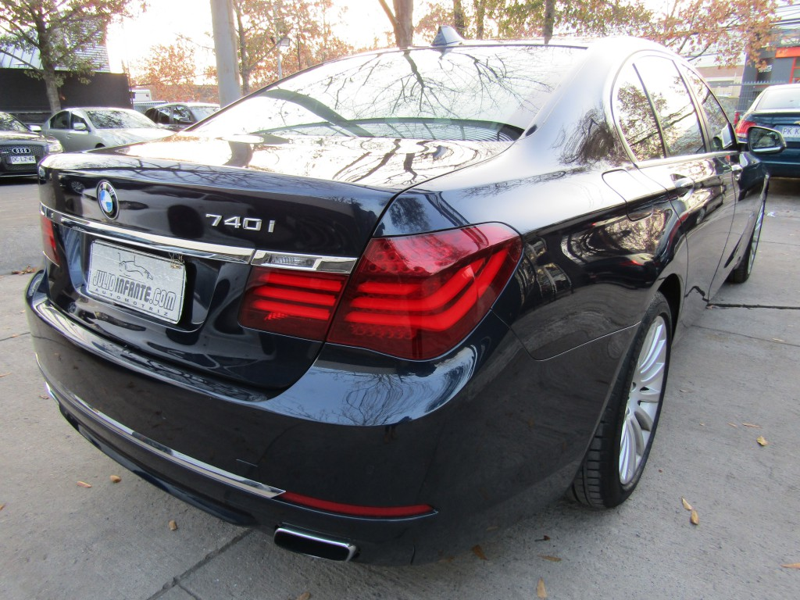 BMW 740 740I 3.0 Aut. Max. Equipo.  2014 Precioso. Alucinante auto.  - JULIO INFANTE