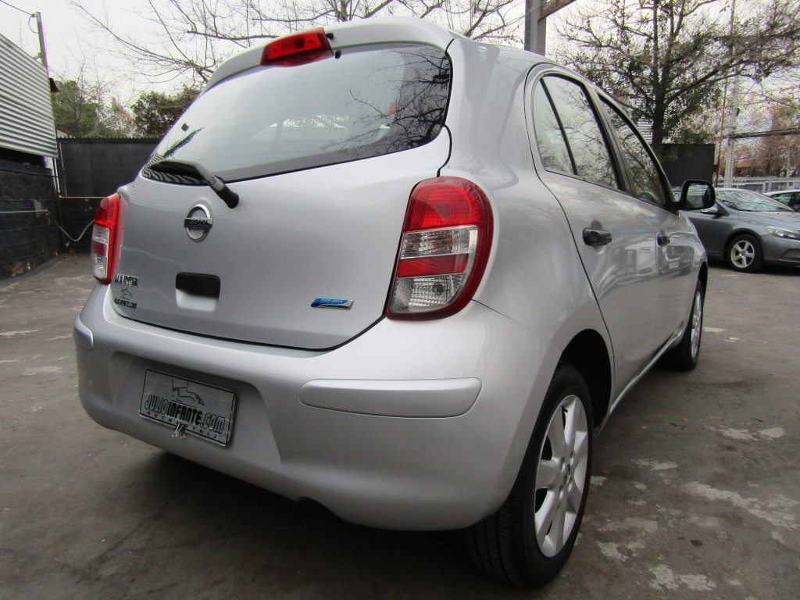 NISSAN MARCH Advance 1.6 2 dueñas.  2013 Aire, airbags, Mantenciones Portillo.  - FULL MOTOR