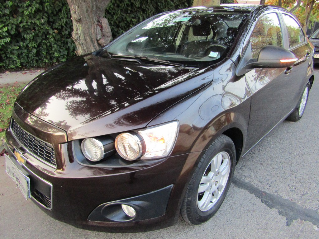 CHEVROLET SONIC Sonic LT 1.6 2015 Aire, 2 airbags, abs, bluetooth. 2 dueños  - FULL MOTOR