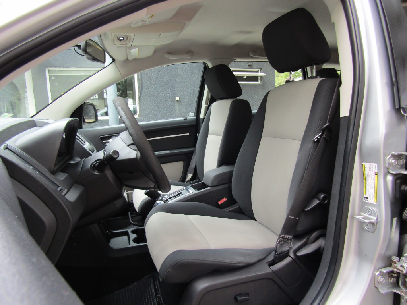 DODGE JOURNEY SXT 2.7 aut. 2009 3 corridas, climatiz tri zona. 8 airbags, muy buen - FULL MOTOR