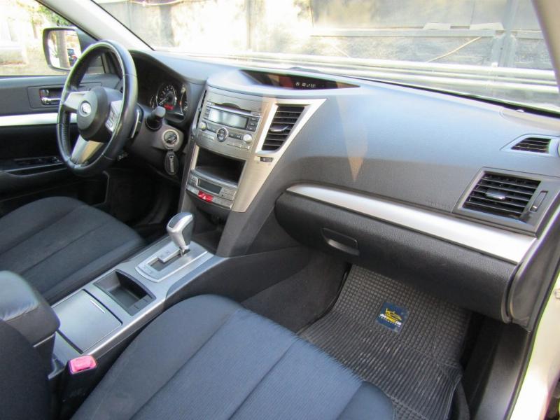 SUBARU LEGACY All New 2.0I AWD XS AUT 2010 1 dueño. 12 mil km. de uso por año.  - FULL MOTOR