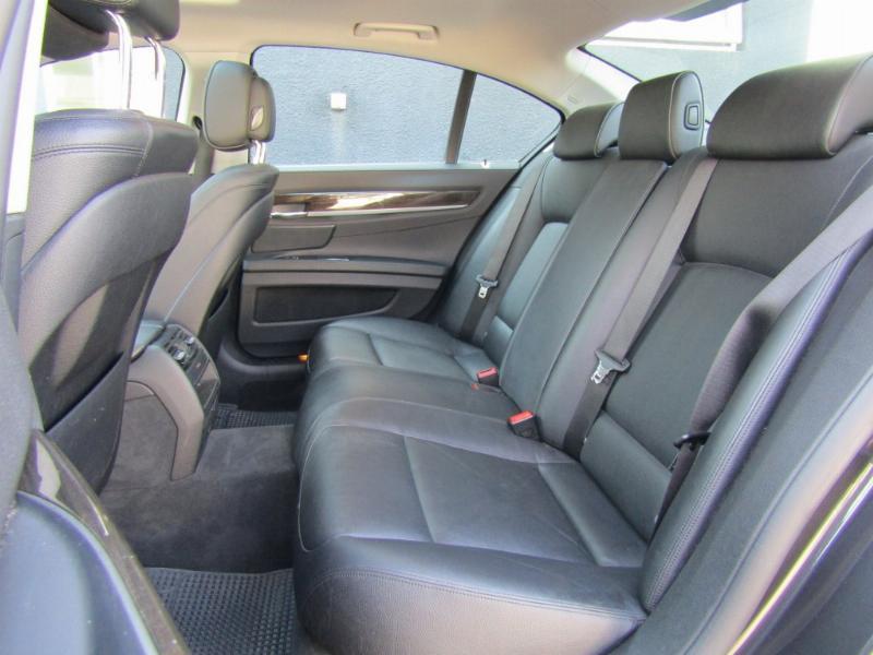 BMW 740 740I 3.0 Aut. Max. Equipo.  2014 Como nuevo. 57 mil km. mantenciones W.B.M. - FULL MOTOR