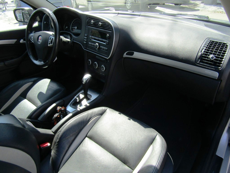 SAAB 9-3 Vector 2.0 Turbo autom.  2011 210 hp. dueño desde 2013, IMPECABLE.  - FULL MOTOR