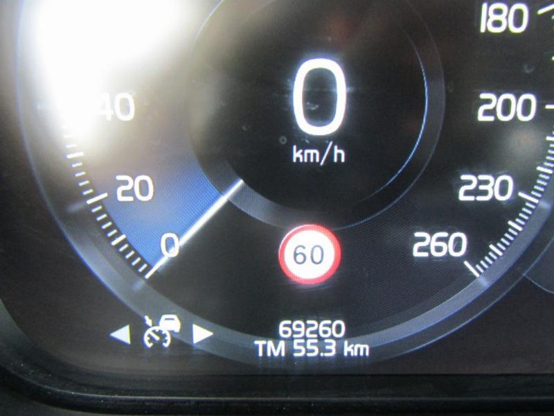 VOLVO XC 90 T5 Kinetic 2.0 2016 IMPECABLE, full. Mantenciones todas Ditec.  - FULL MOTOR