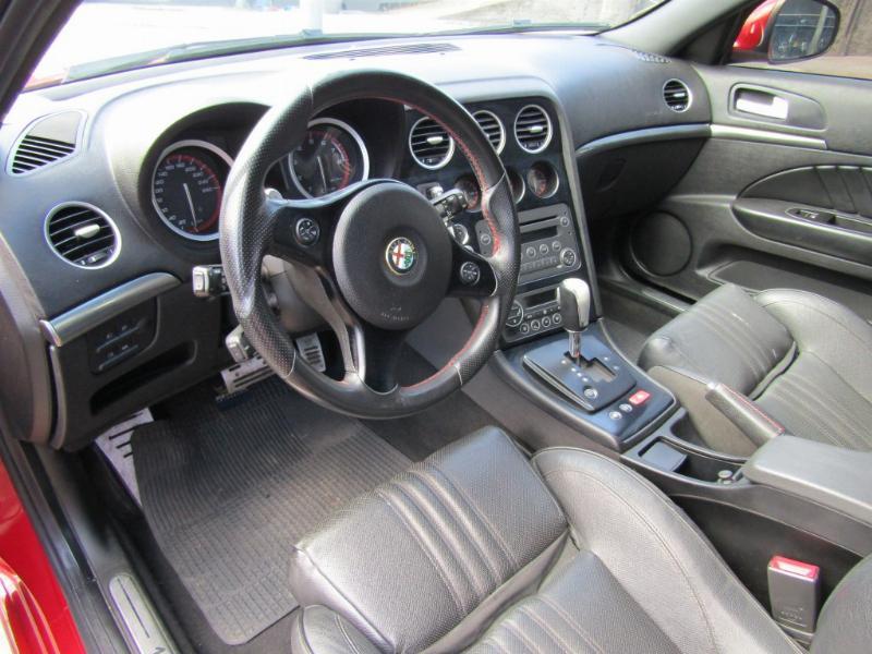 ALFA ROMEO 159 TI 3.2 cc. Interior de cuero 2013 264 hp, tracción integral 4x4 - JULIO INFANTE