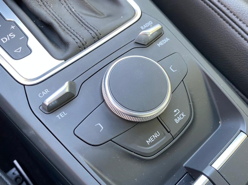 AUDI Q2 1.4 T TFSI  2018 S-TRONIC - JMD AUTOS