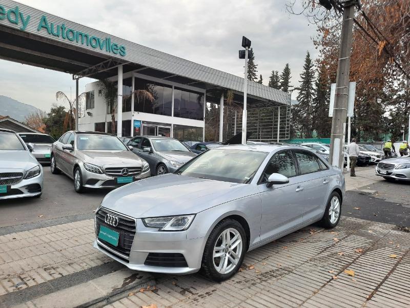 AUDI A4 1.4 TFSI Stronic Auto 2018 Mantenciones en Audi.  -
