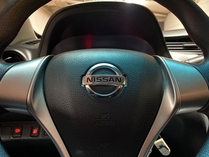 NISSAN NP300 DIÉSEL 2020 TRACCIÓN 4x4 - FULL MOTOR