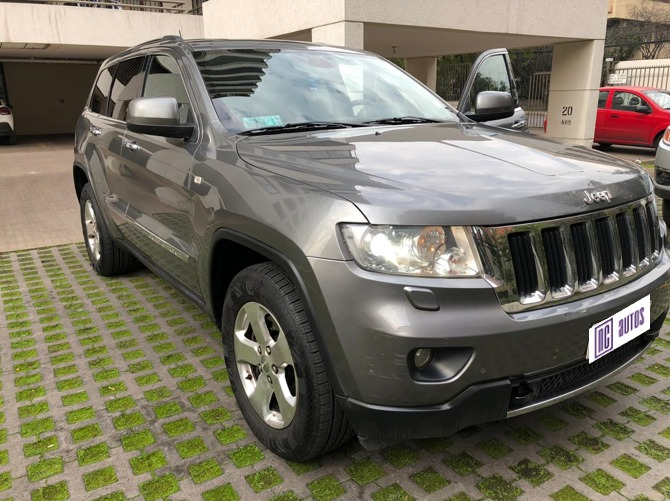 JEEP NEW GRAND CHEROKEE 3.6 Limited 4WD Auto 2013 Excelente Oportunidad - FULL MOTOR