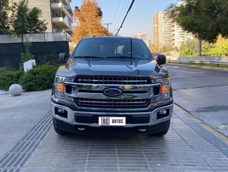 FORD F-150 5.0 Double Cab XLT 4WD 2019 Increible, unico dueño -