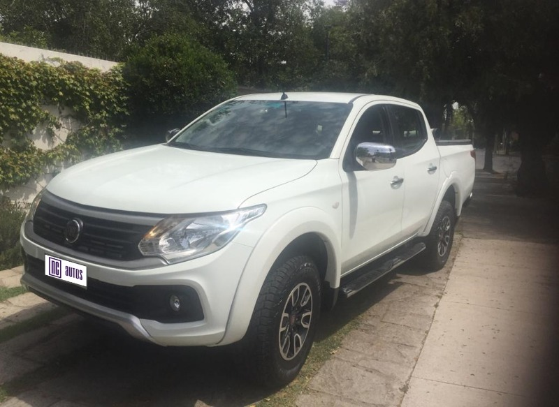 FIAT FULLBACK 2.4 GLS DC 4WD 2017 Impecable, unico dueño -