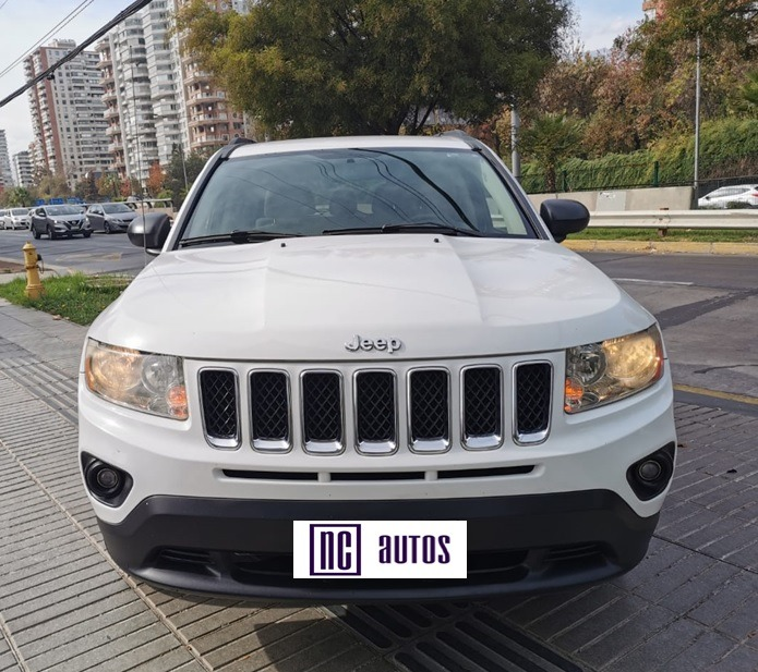 JEEP COMPASS Sport 2.4 AUT 4X2 2012 Impecable - FULL MOTOR