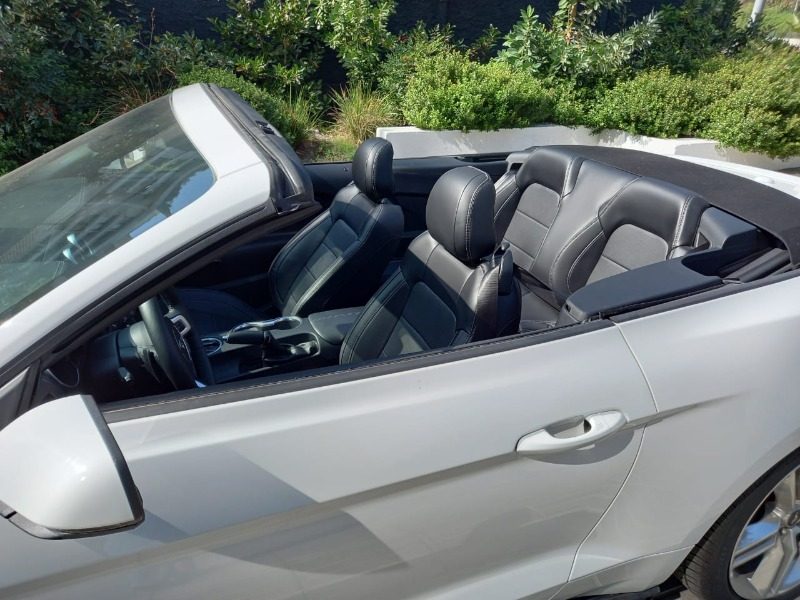 FORD MUSTANG  CONVERTIBLE 5.0L AT 2021 Excelente Oportunidad - FULL MOTOR
