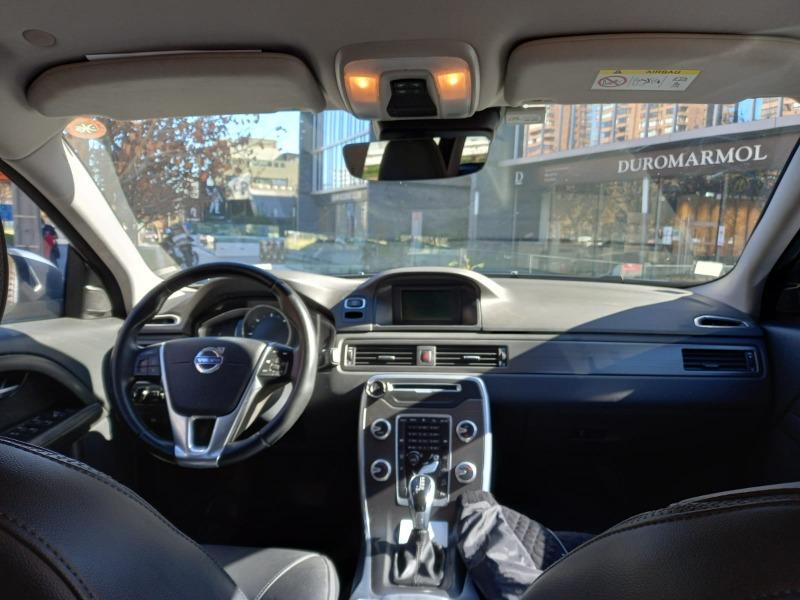 VOLVO C70 2.4 D5 Comfort Auto 4WD 2016 Excelente Oportunidad - FULL MOTOR