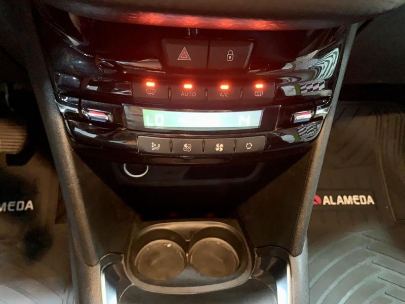 PEUGEOT 208 SIGNATURE 1.2 2020 Unico Dueño - Excelente estado - FULL MOTOR