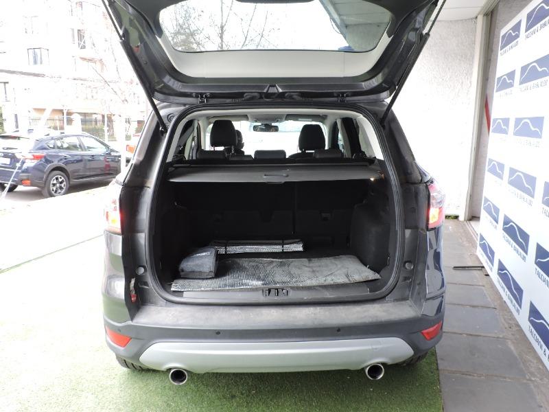 FORD ESCAPE 2.0 Ecoboost SE Auto 2020  AUTOMÁTICO. KILOMETRAJE MINIMO - TALCIANI BASUALDO