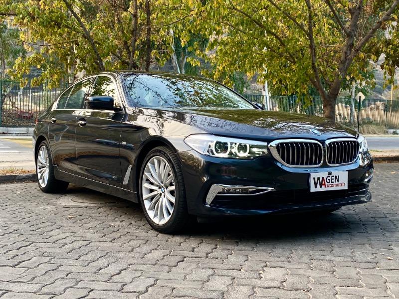 BMW 530D UN DUEÑO LUXURY  2019 SÓLO 2.900 KILÓMETROS -