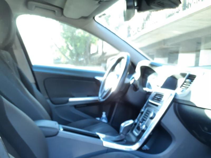 VOLVO S60 1.6 D2 DRIVE COMFORT AT 2013 Coordinar visita - contacto@ziscar.cl - FULL MOTOR
